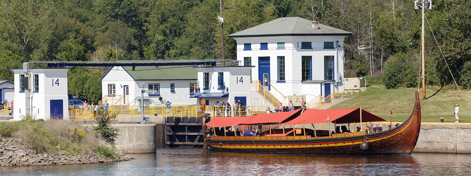 Viking replica ship leaves lock 14.