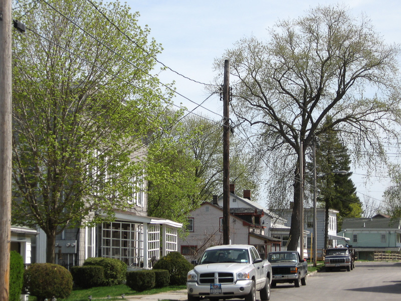 03-State-St-east-side-looking-south-houses-facing-Erie-Canal-route